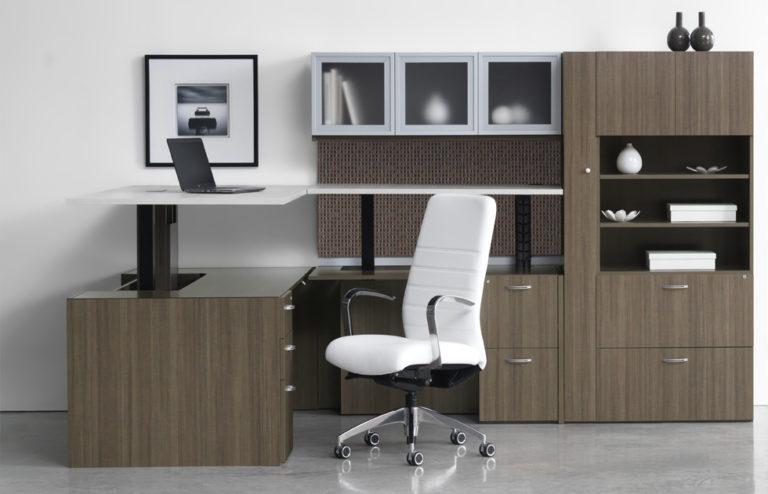 https://www.bpinteriordesign.com/wp-content/uploads/2019/11/Indiana-Sit-Stand-Desk-768x494.jpg